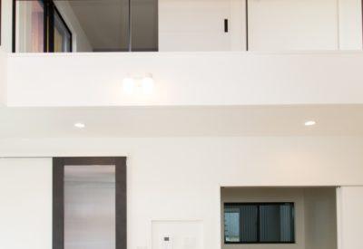 リビング階段を中心に設けた家